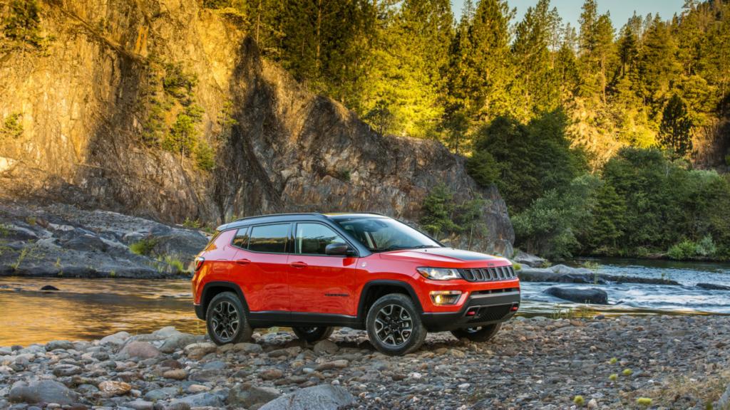 Кроссовер Jeep Compass официально дебютировал в США