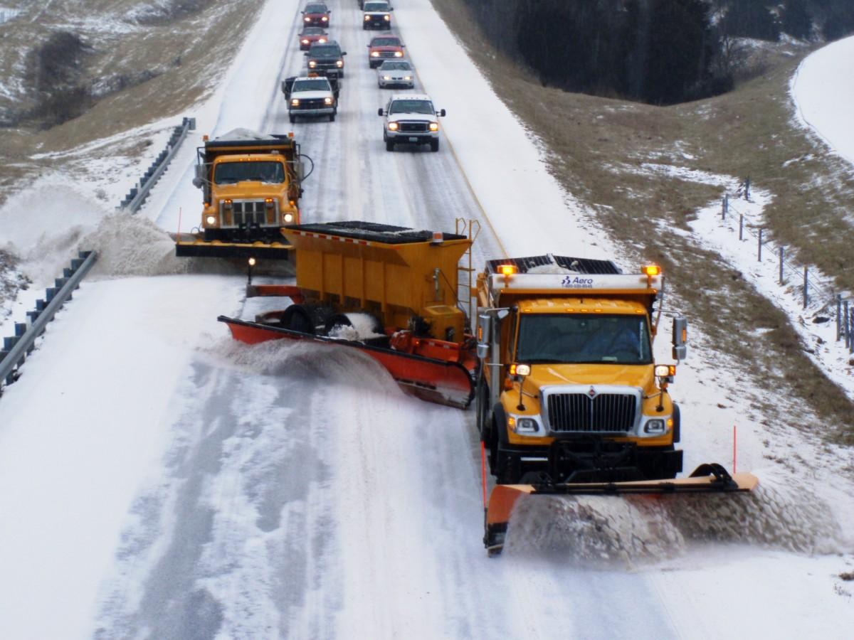 Как в США чистят дороги от снега