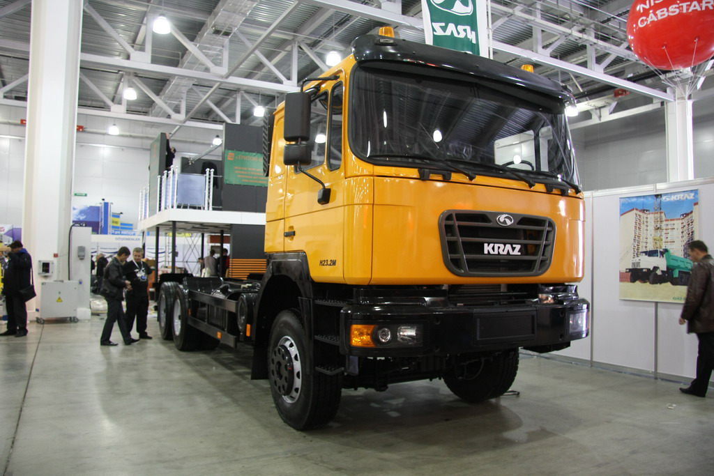 КрАЗ Р23.2М (6х4)