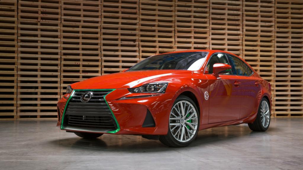 Доработанный седан Lexus IS посвятили острому соусу