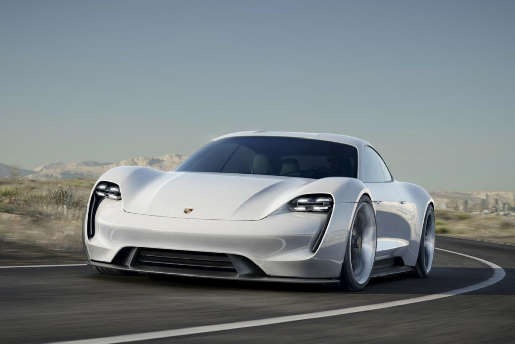 Электромобиль Porsche Mission E поступит в производство с 2020 года