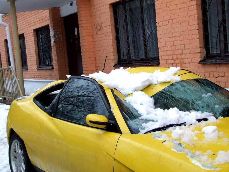 почему не стоит парковать авто под домами