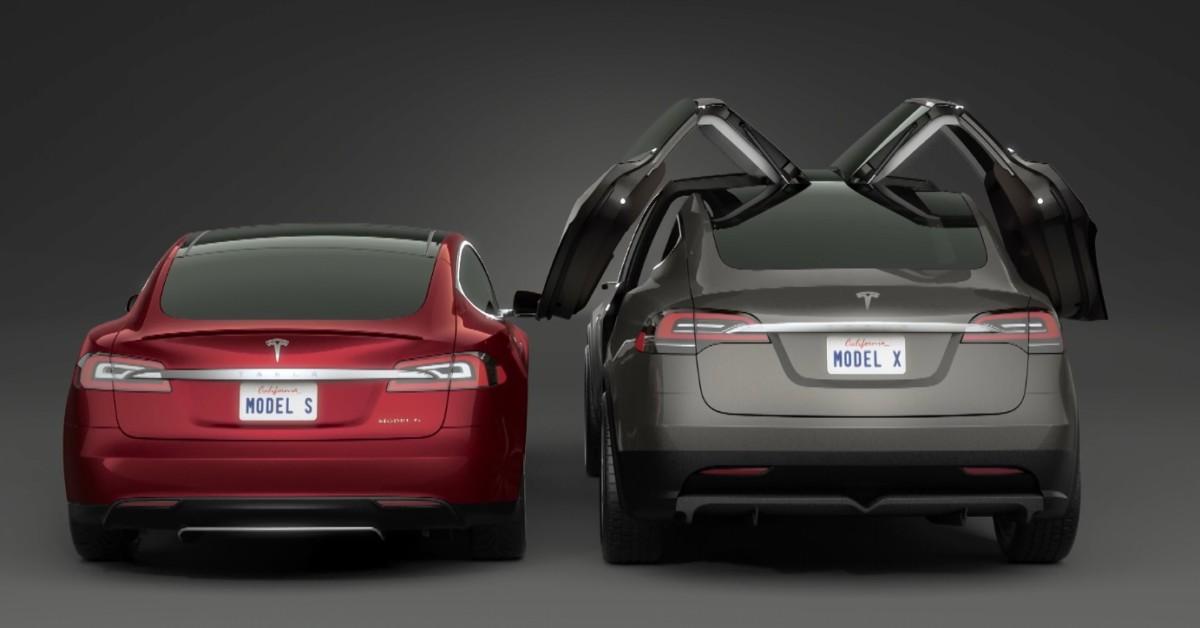 Автоматические двери Тесла – эксперимент на травмобезопасность