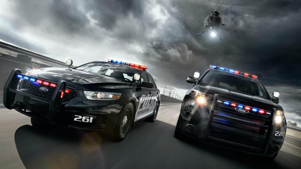 testu-policeiskih-avto-1