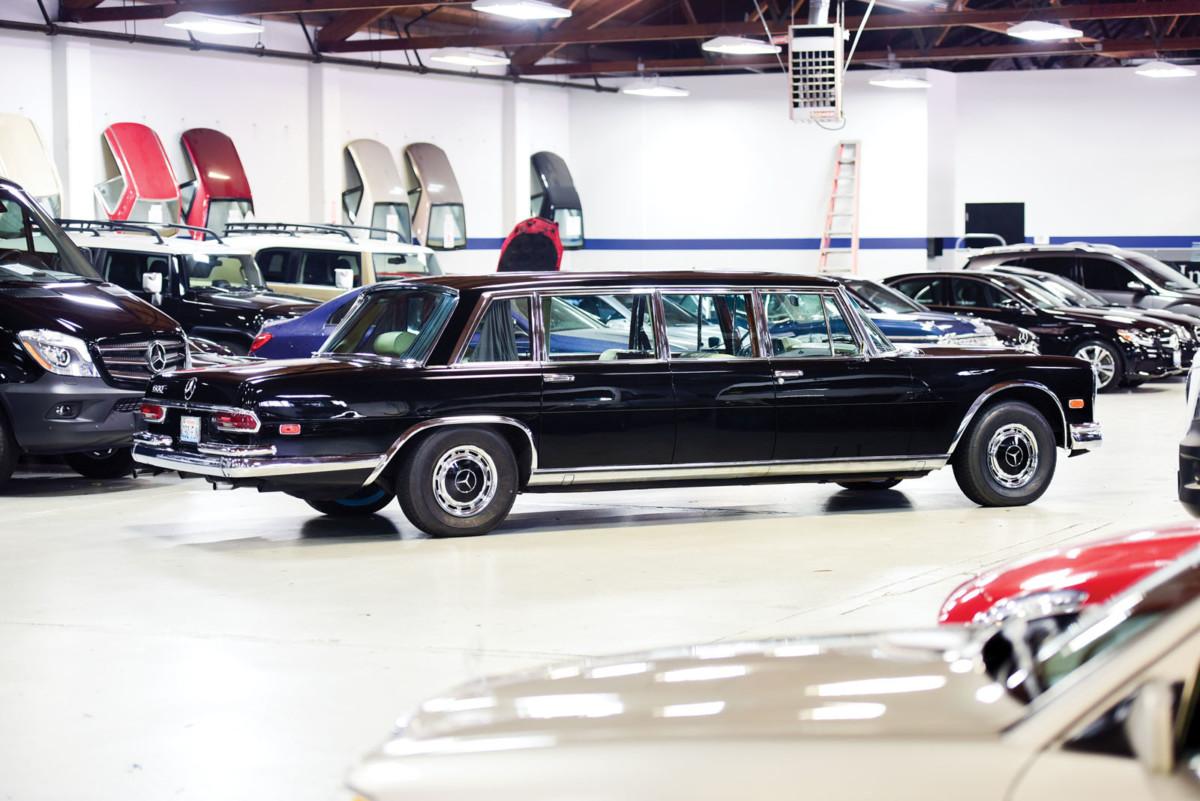 Авто элиты – роскошный Mercedes-Benz 600 Pullman уйдет с молотка