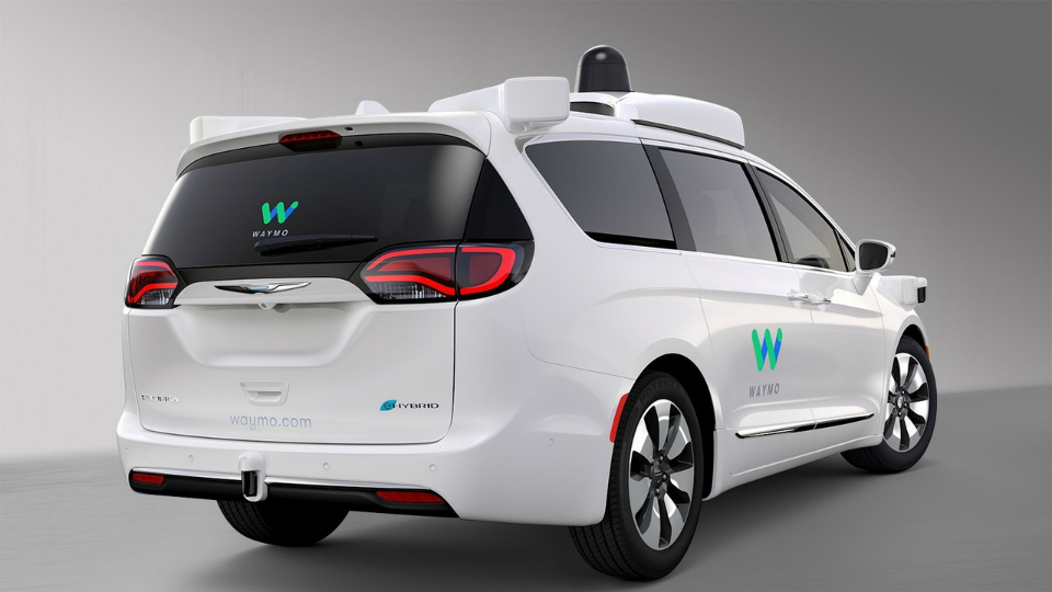 Chrysler иWaymo представили дизайн первого самоуправляемого электрического Chrysler Pacifica