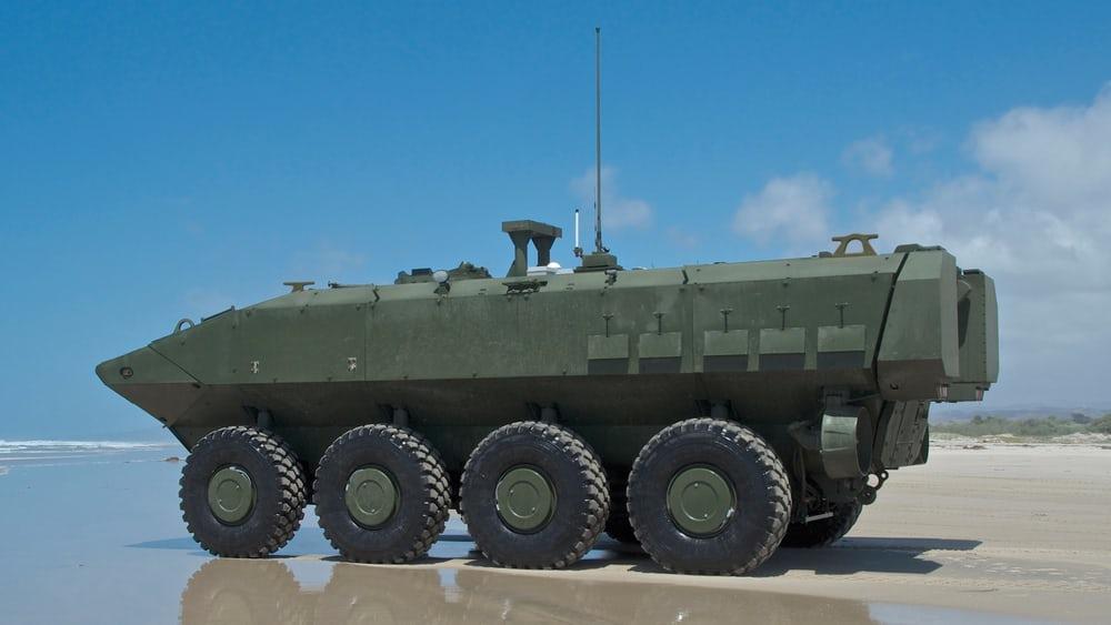 В основе амфибии ACV 1.1 лежит известная платформа 8х8 от компании IVECO Defense