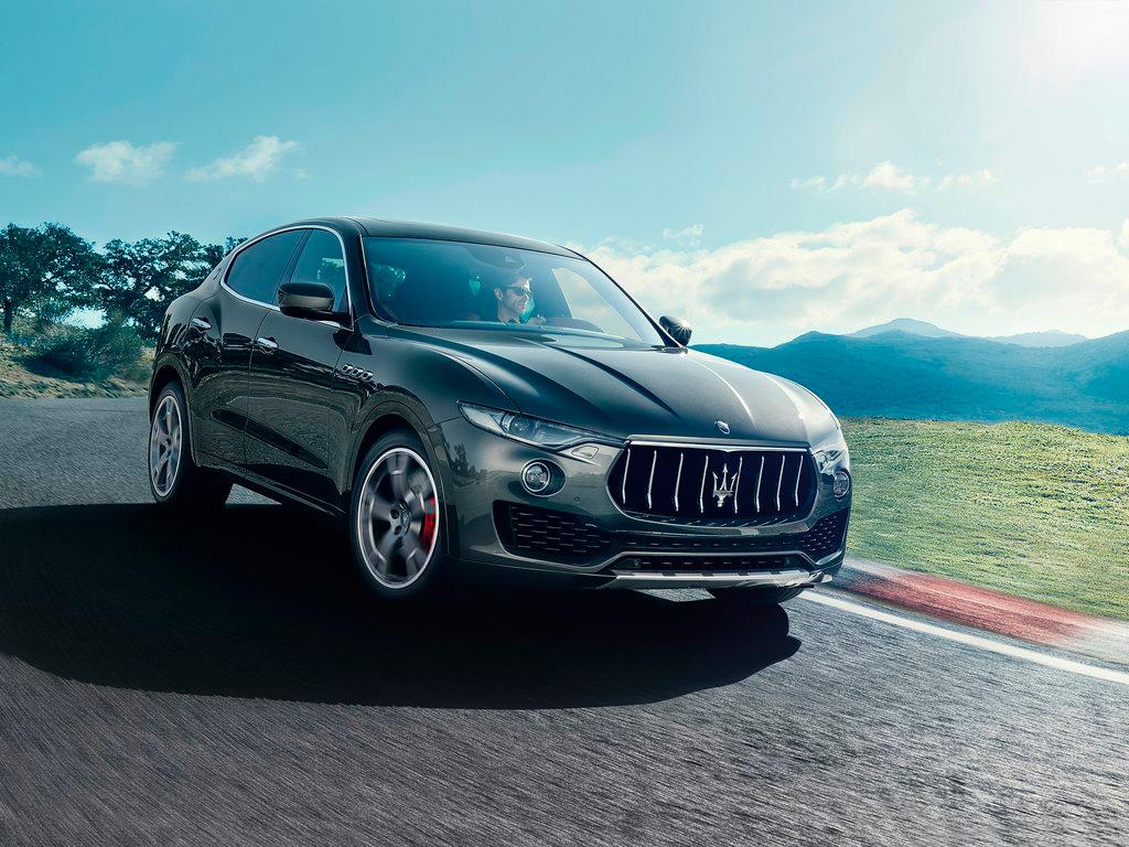 Кроссовер Maserati Levante получит гибридную и заряженную версии