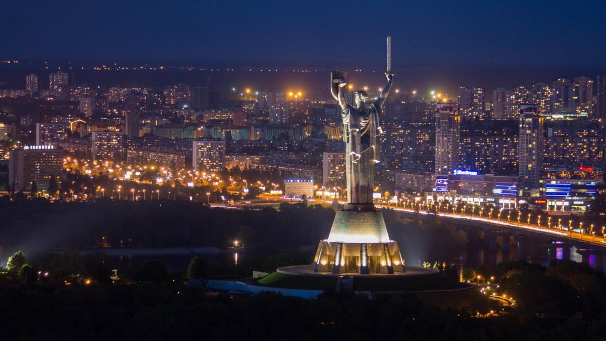 ВКиеве запускают 4 ночных маршрута городского автомобильного транспорта