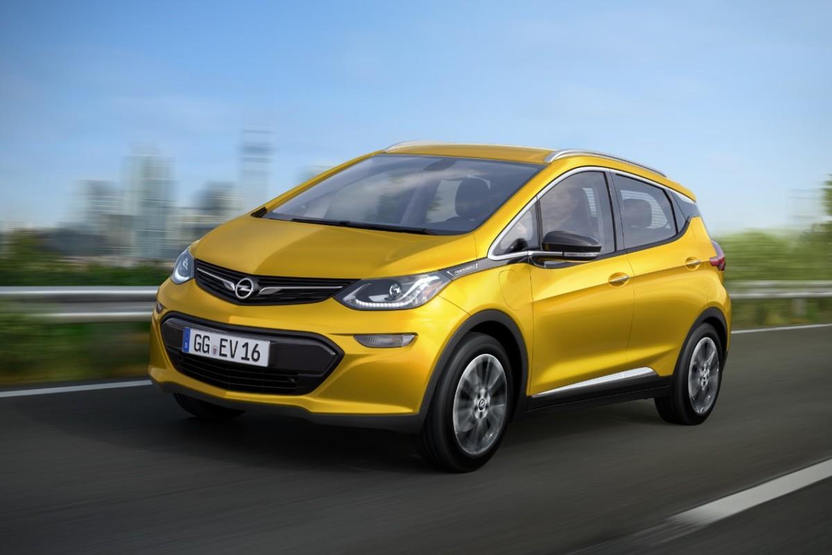 Электромобиль Opel Ampera-e продемонстрировал рекордный запас хода