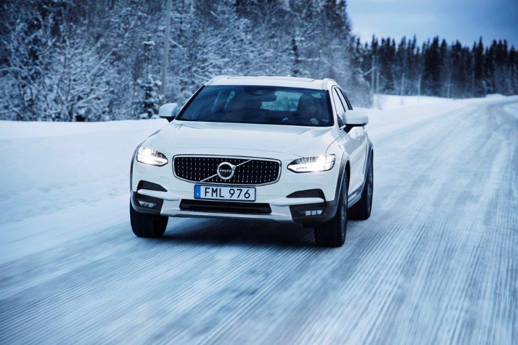 Украина 2017: автодилеры и импортеры ожидают рост продаж