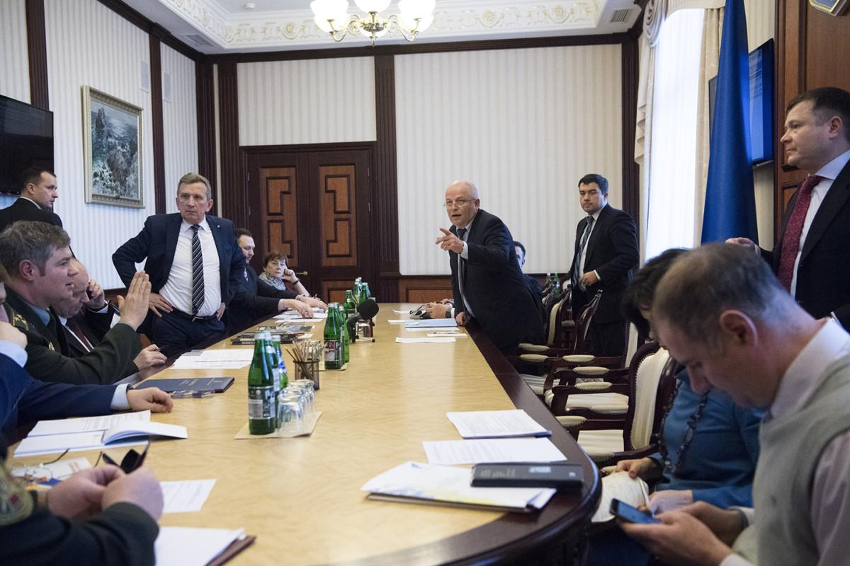 На заседании выступил генеральный директор ПАО «АвтоКрАЗ» Роман Черняк