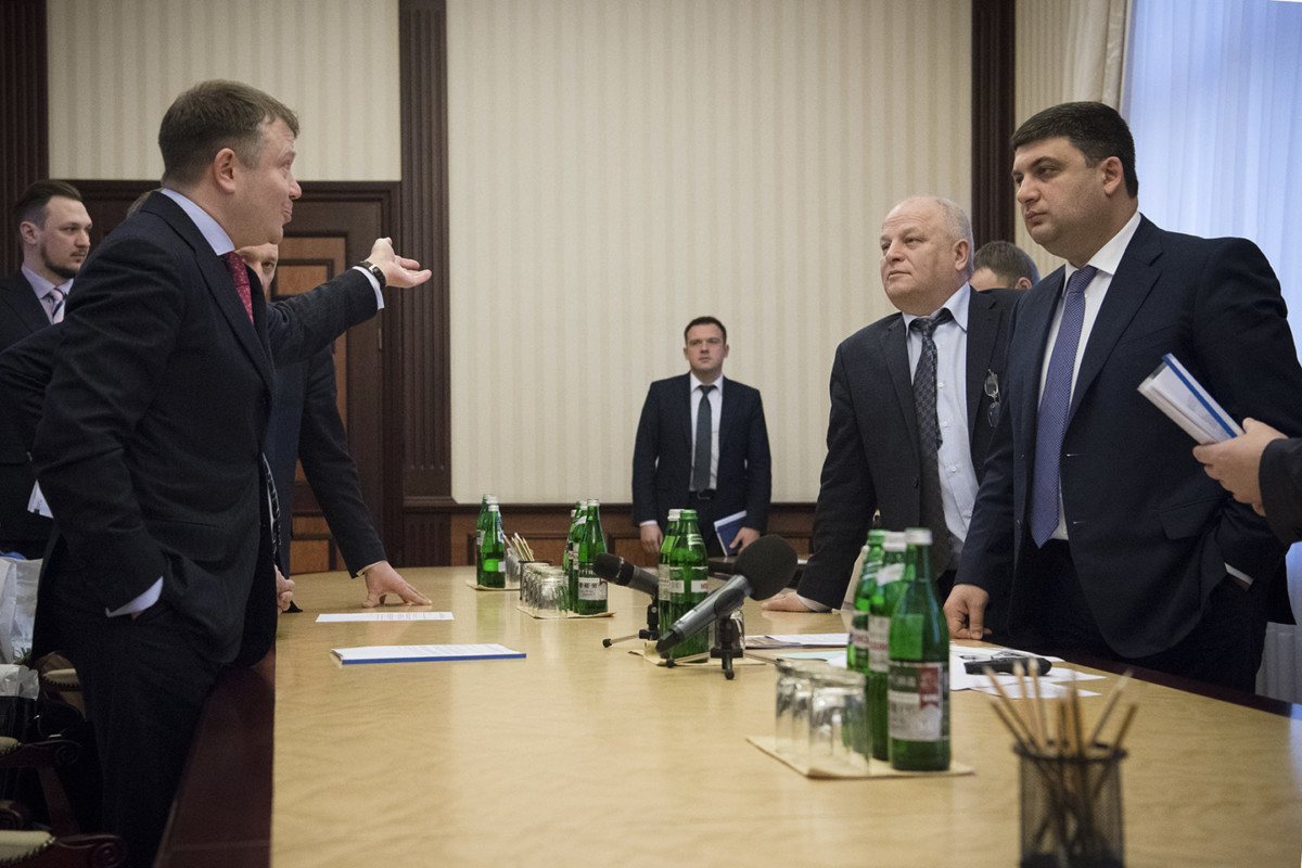 Премьер-министр провел совещание с руководством ПАО «АвтоКрАЗ»