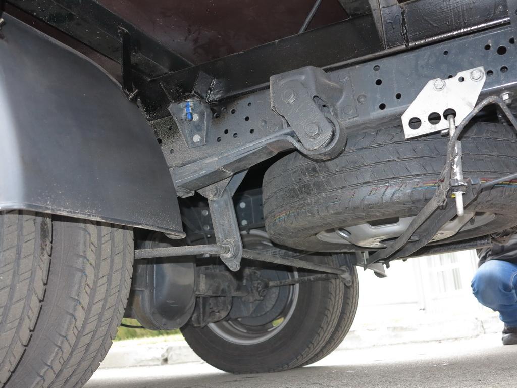 Шасси IVECO Daily оснащенно усиленными мостами и более мощной рессорной подвеской колес