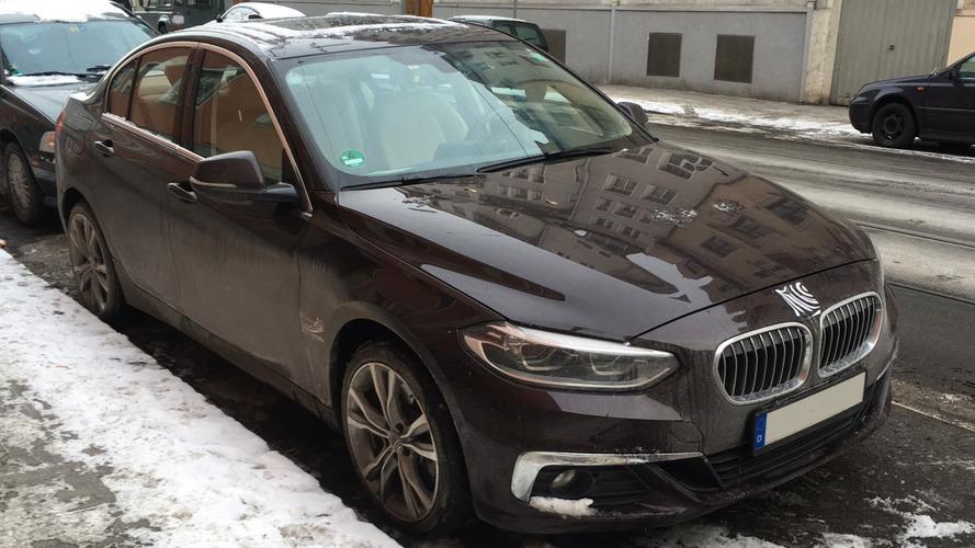 ВГермании был замечен неприкрытый камуфляжем седан БМВ 1-Series