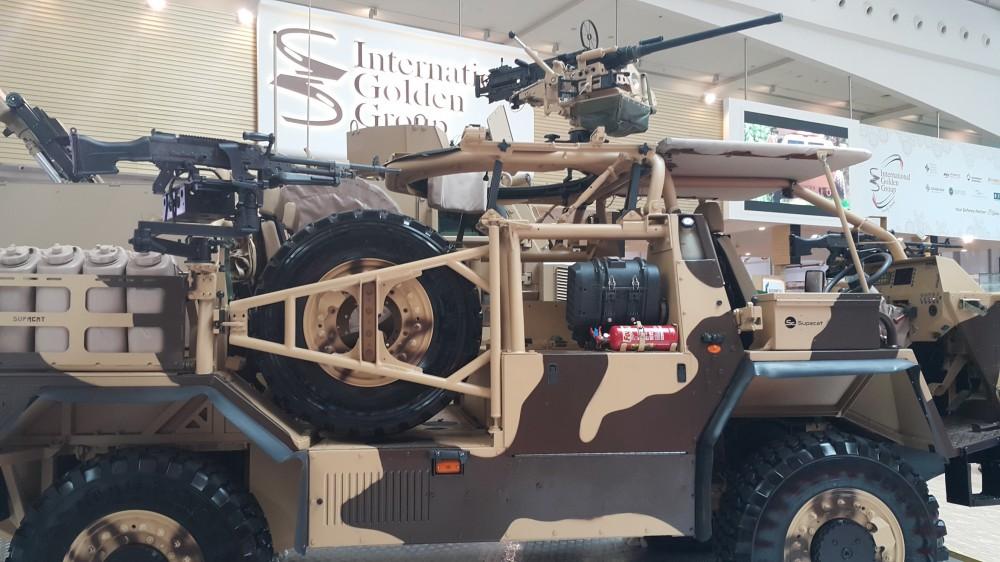Supacat HMT 400 Desert («Пустыня»)