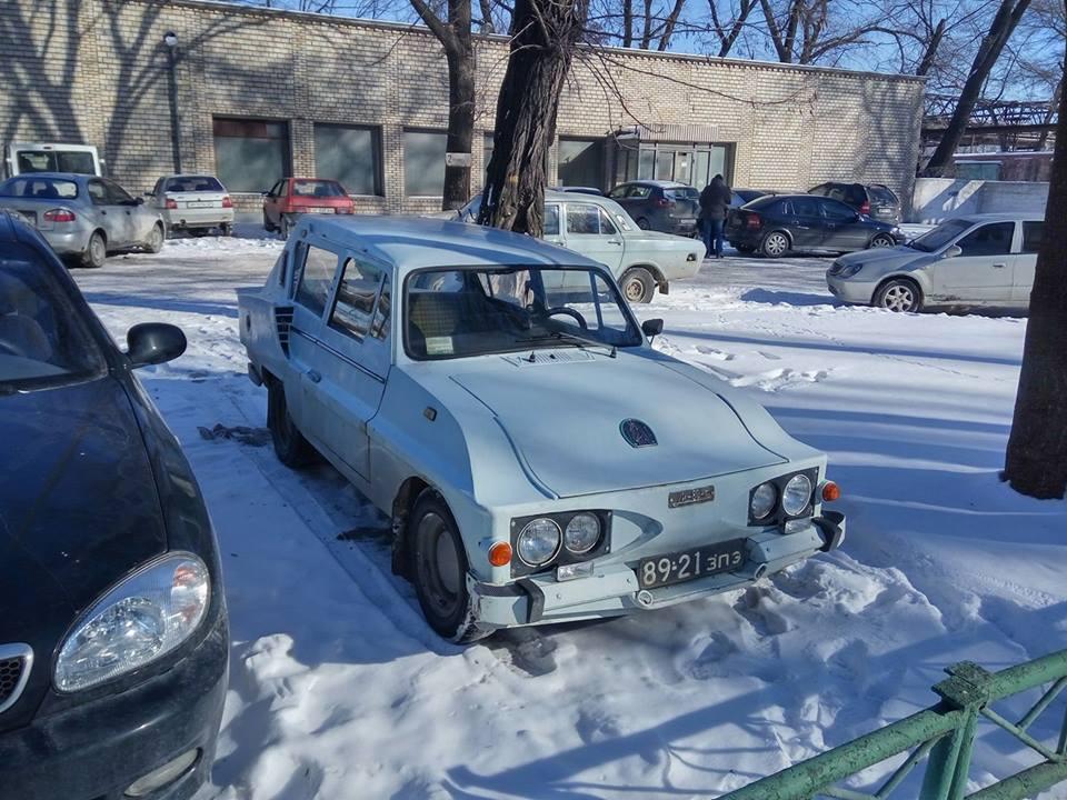 В Запорожье сфотографировали неизвестный украинский автомобиль