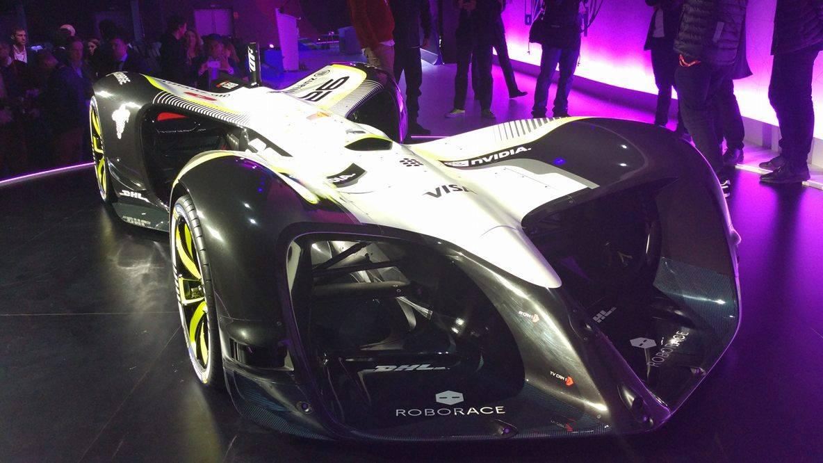 ВБарселоне показали машины RoboRace