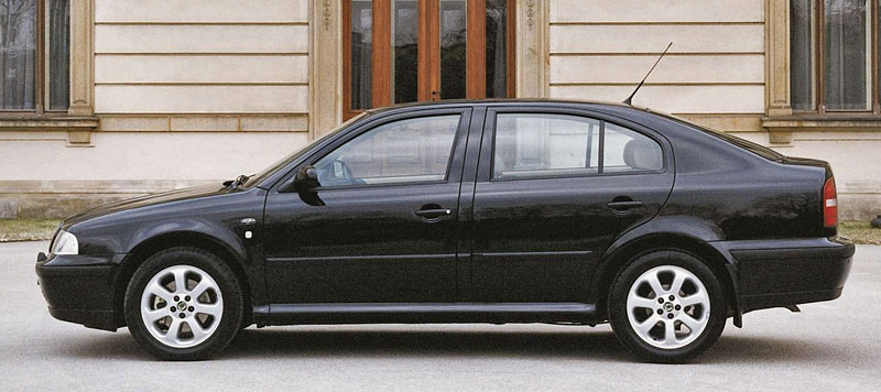В Чехии выставлена на продажу эксклюзивная Skoda Octavia 1999 года