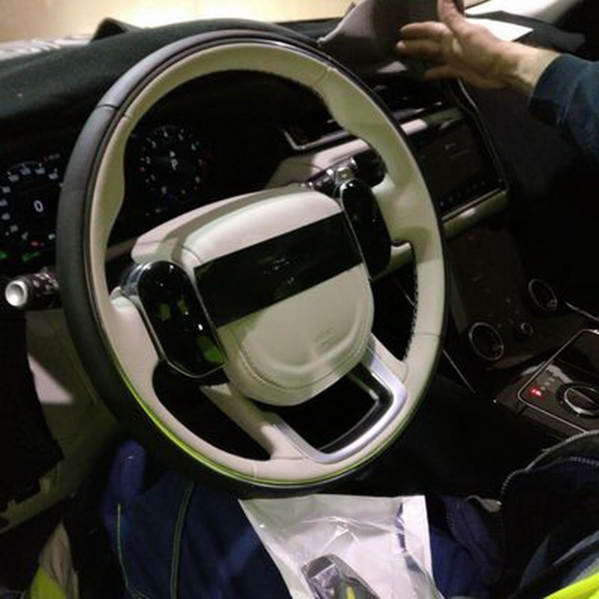Вглобальной сети на100% рассекретили новый кроссовер Range Rover Velar