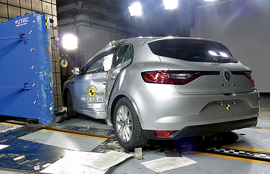 Результаты краш-тестов Renault Megane