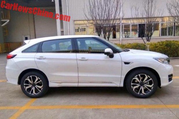 Продажи кросс-купе Хонда UR-V стартуют весной