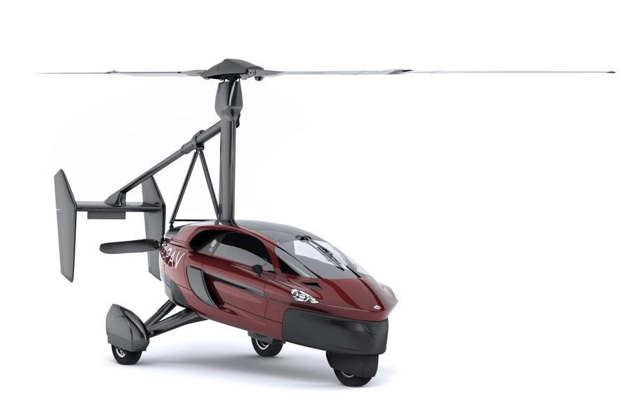 Первый в мире летающий автомобиль поступил в продажу