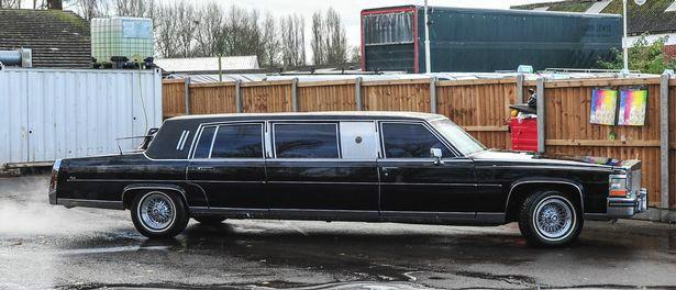 Выставлен на продажу эксклюзивный лимузин Дональда Трампа