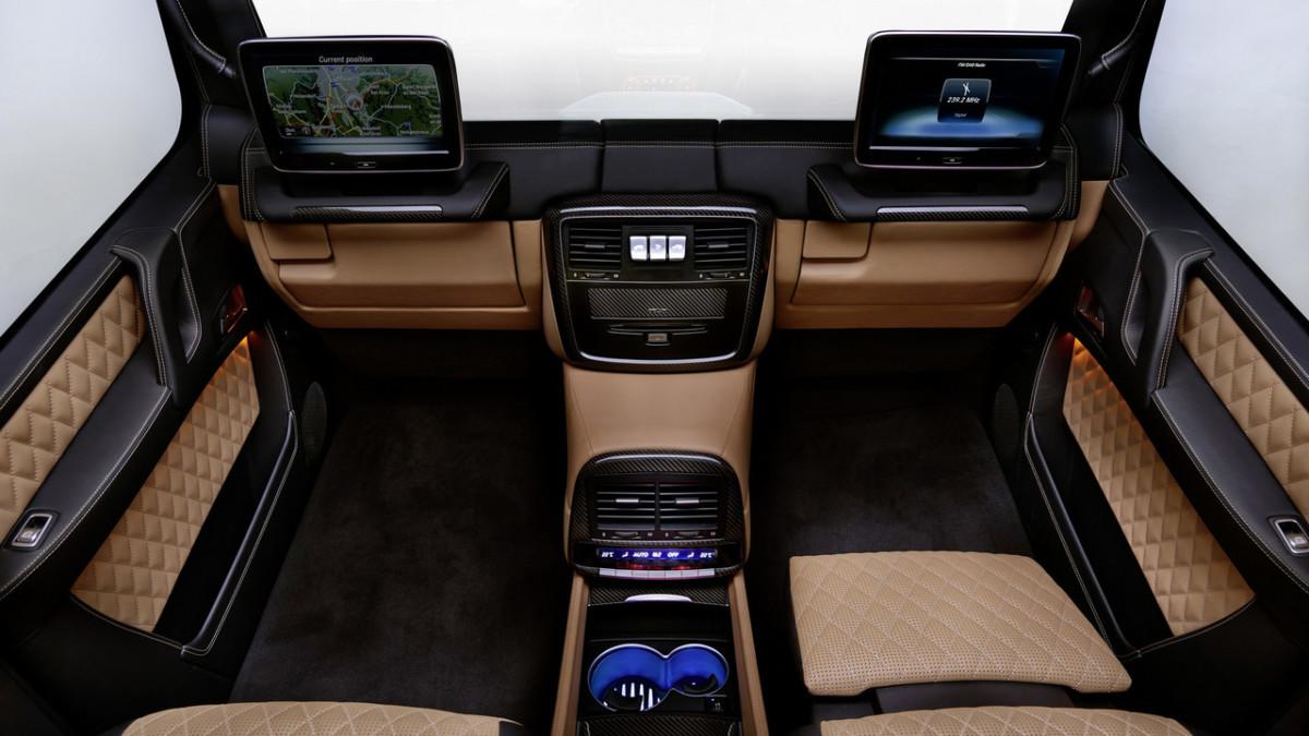Mercedes-Maybach G650 Landaulet: интересные фаты о внедорожнике Майбах