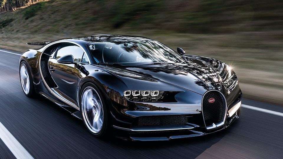 Новый гиперкар Bugatti будет гибридом