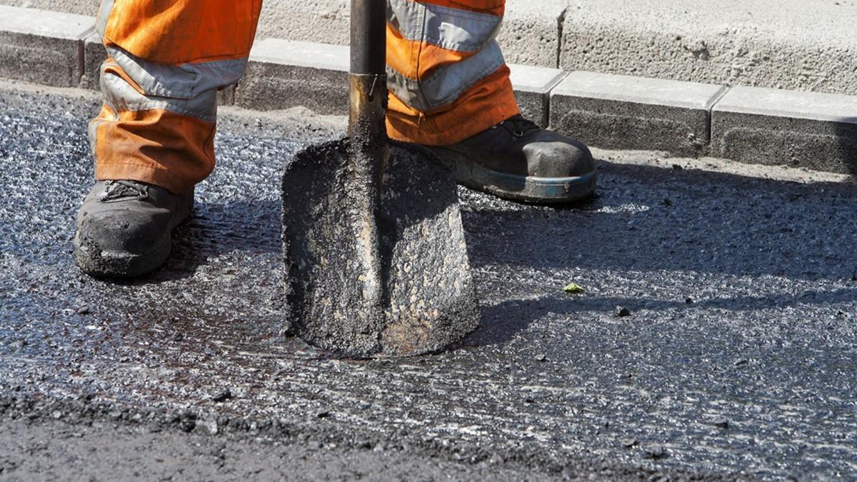 В 2017 году на ремонт дорог выделили дополнительно 8 миллиардов гривен
