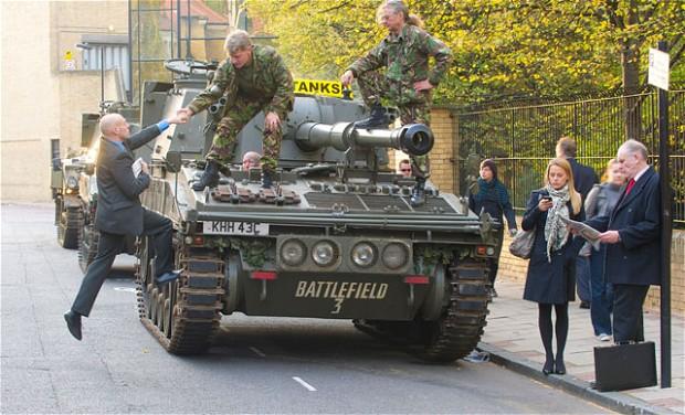 «Танковое» такси в Лондоне