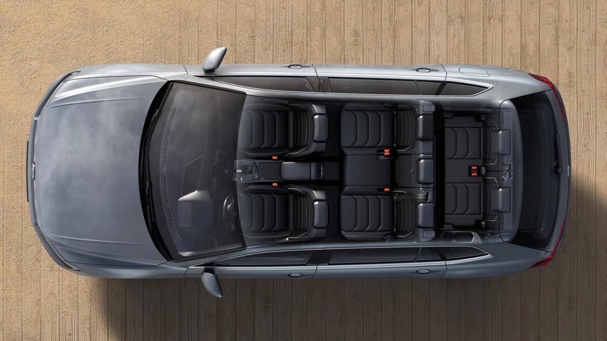 Семиместный кроссовер Volkswagen Tiguan добрался до Европы