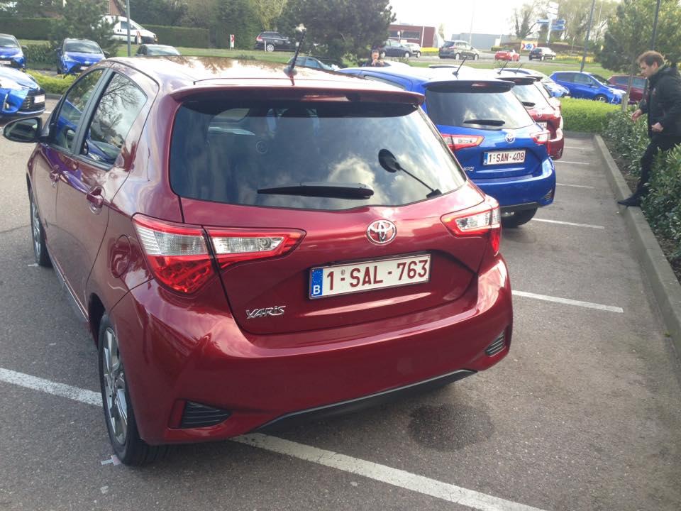На тесте «Автоцентра» - обновленная Toyota Yaris