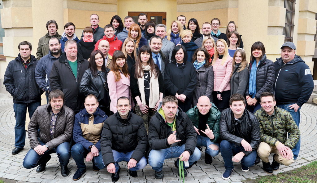 Команда создателей «Автоцентра»