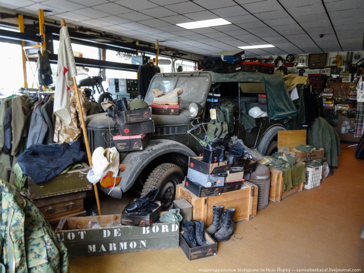 ГАЗ-69 в американском собрании автомобилей в Гранд Гордж