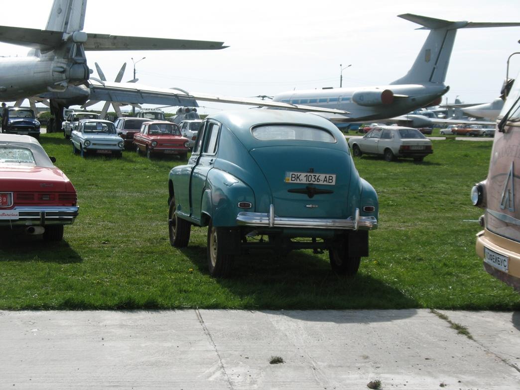 ГАЗ-20 «Победа» М-72
