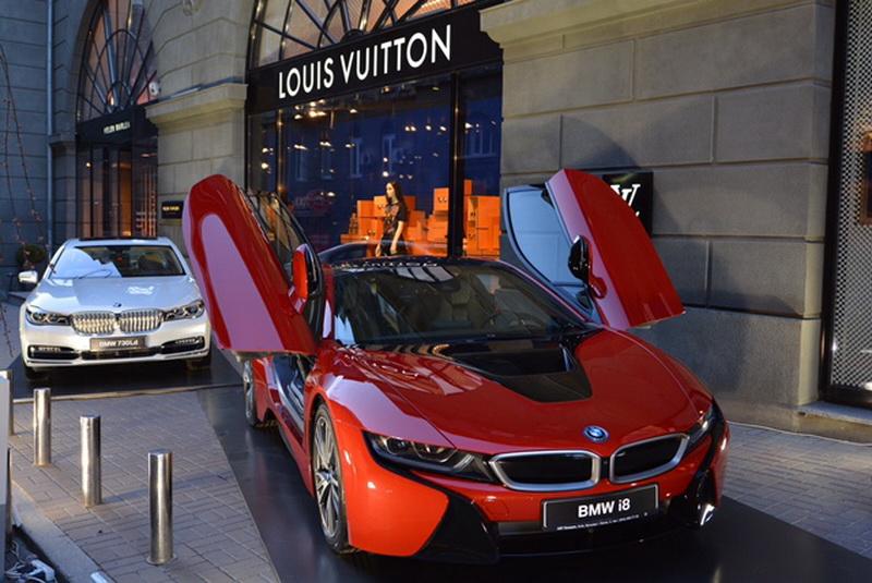 коллекция Louis Vuitton украсила современные модели BMW