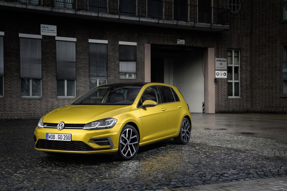 Обновленный Volkswagen Golf 2017: объявлены украинские цены