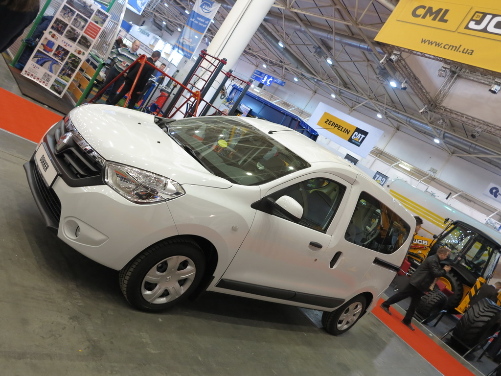 На рынке новых коммерческих автомобилей в Украине, по итогам первого квартала, лидирует компания Renault
