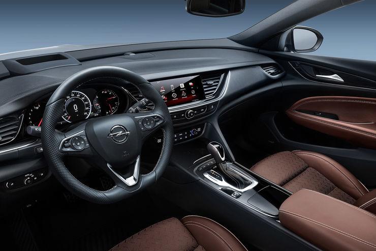 Внедорожный универсал Opel Insignia Country Tourer представят во Франкфурте