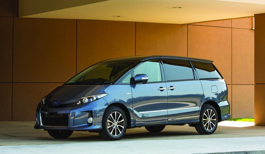 Toyota Estima HV, 2013