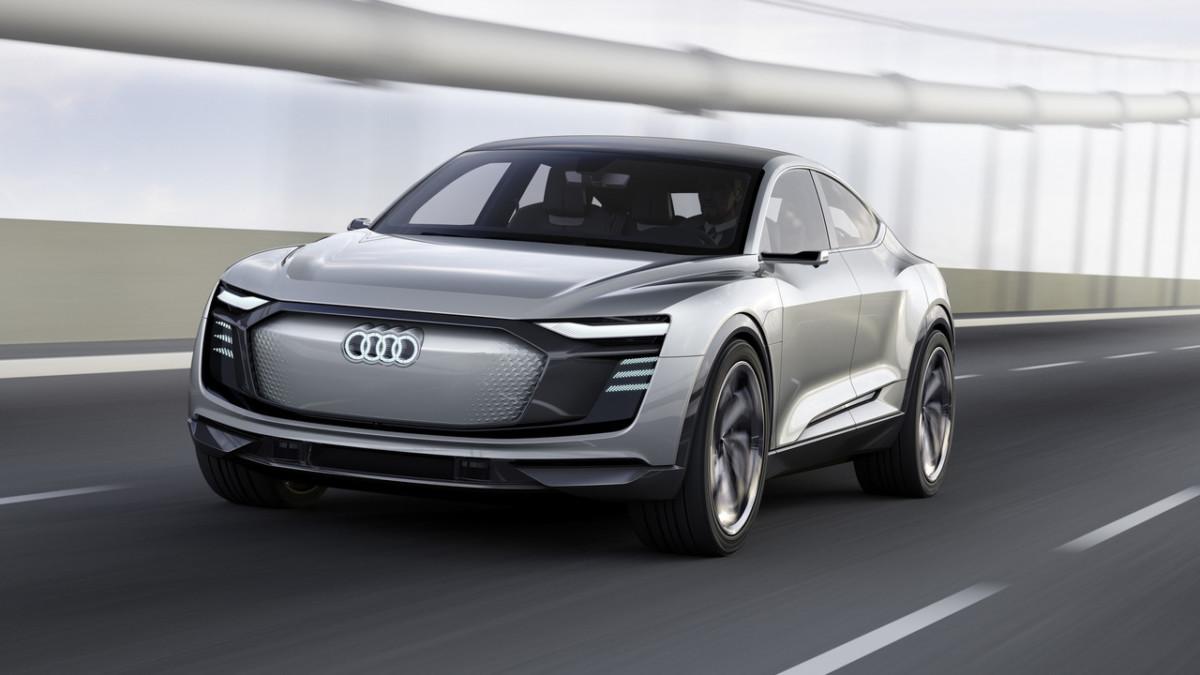 Электрический кроссовер Audi замечен во время тестов