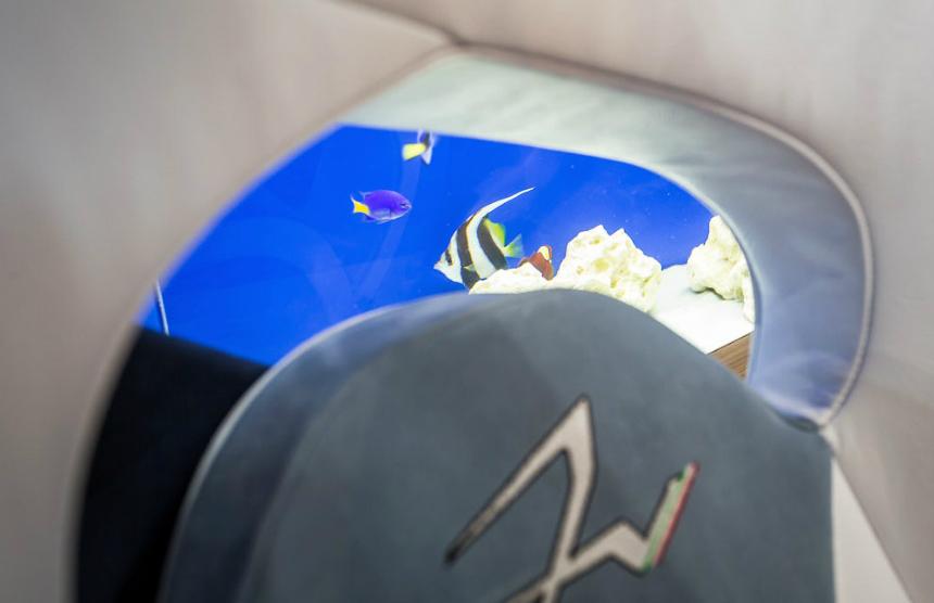 В Монте-Карло представили электрический суперкар с аквариумом