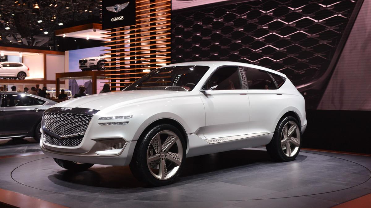 Hyundai представит четыре новых модели премиум-бренда Genesis