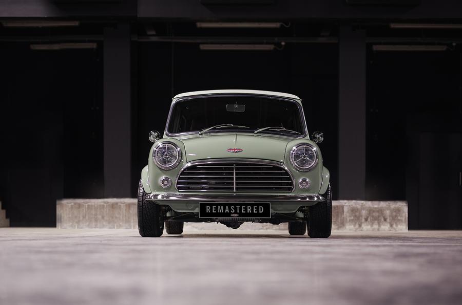 В Британии вернули в производство первый Mini