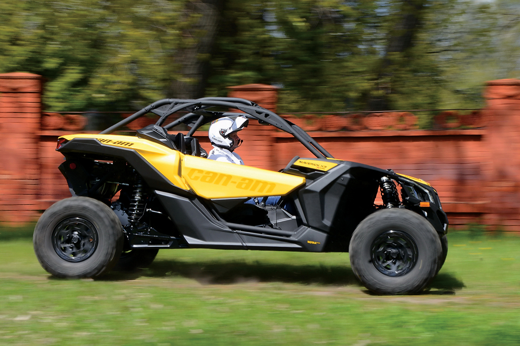 Can-Am Defender HD10 DPS