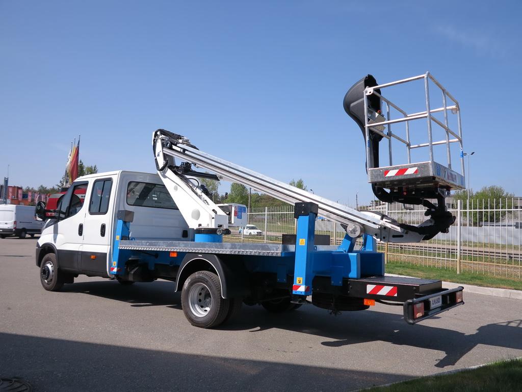Автовышка Oil&Steel на шасси IVECO Daily