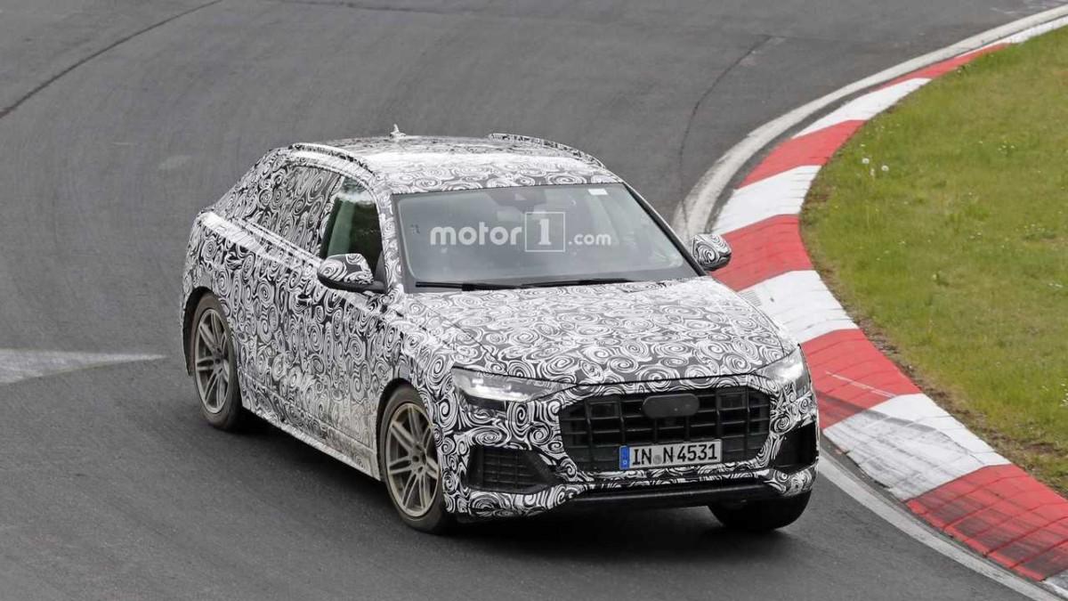 Кроссовер Audi Q8 2018 впервые замечен на тестах