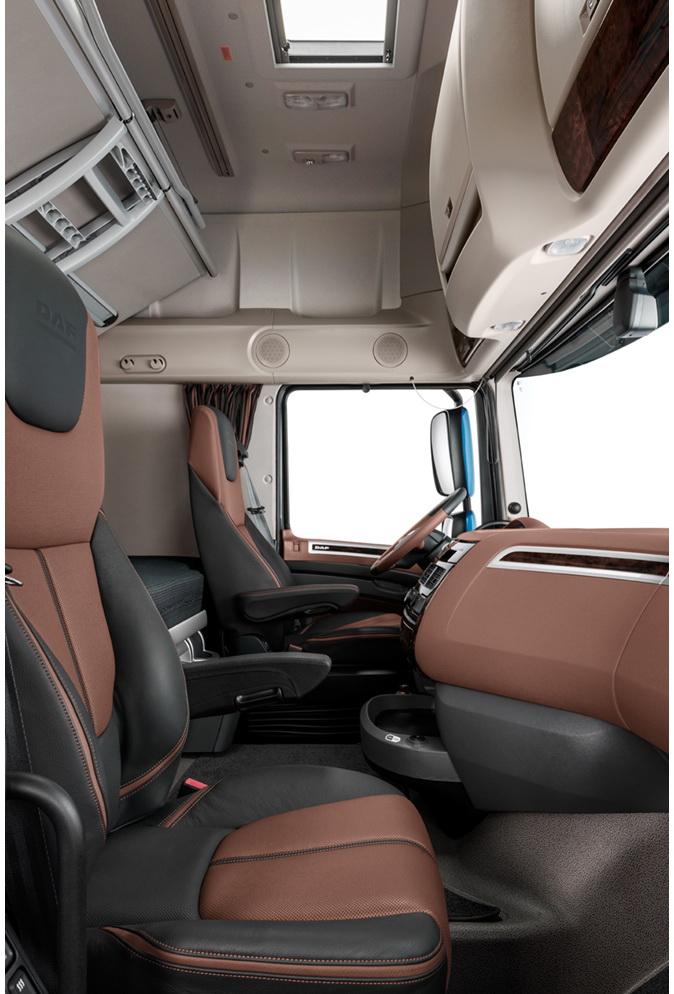 daf cf xf On daf super space cab interior
